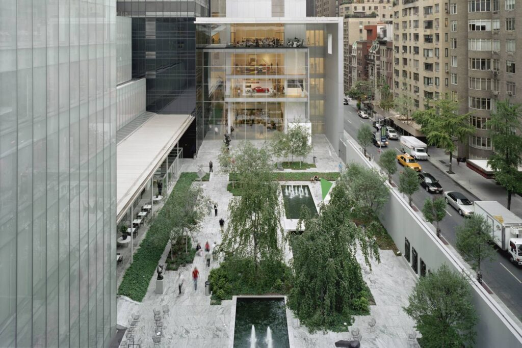 1.Museum of Modern Art, New York, USA 8 สถานที่ที่คนรักศิลปะควรไปเยือนสักครั้ง